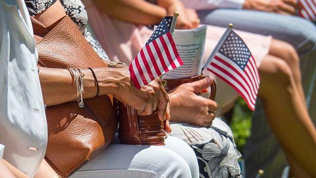 Estos son los requisitos para conseguir la ciudadanía estadounidense