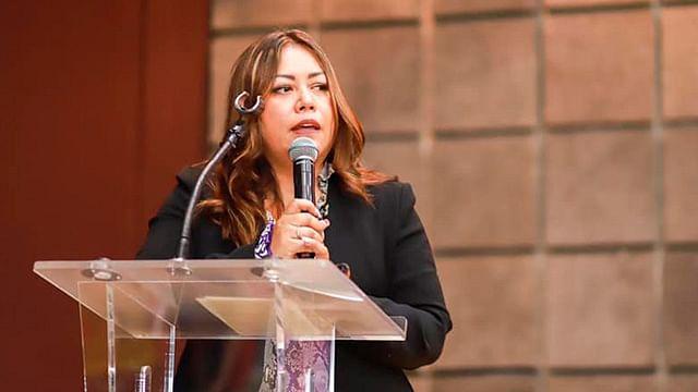 Renuncia Nuria Hernández a la Secretaría de la Mujer de Michoacán