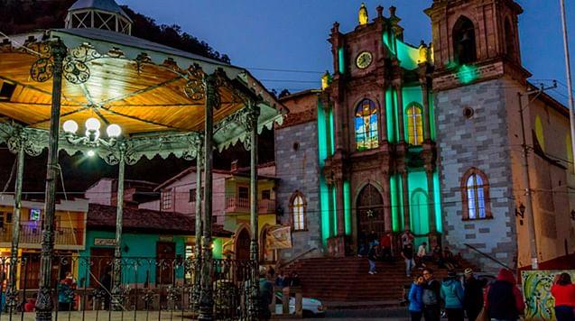 Firman convenio para reactivación económica del turismo en Michoacán