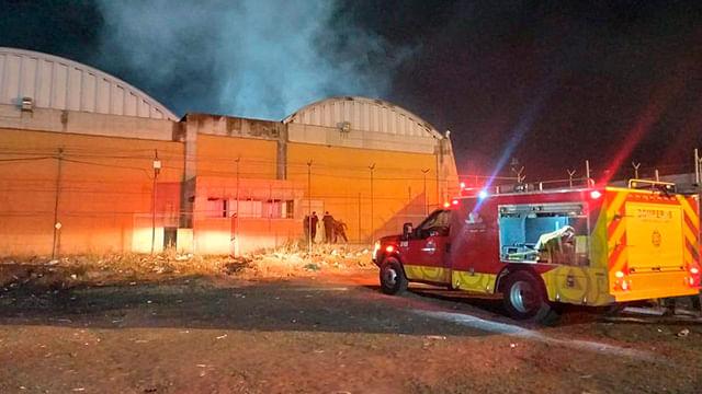 """Sin reos lesionados, tras incendio en penal de """"Mil Cumbres"""" de Morelia"""
