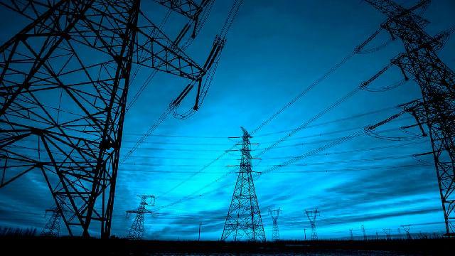Juez suspende de manera indefinida la reforma eléctrica de AMLO