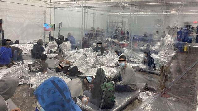 Exhiben malas condiciones de migrantes en centros de detención de EU