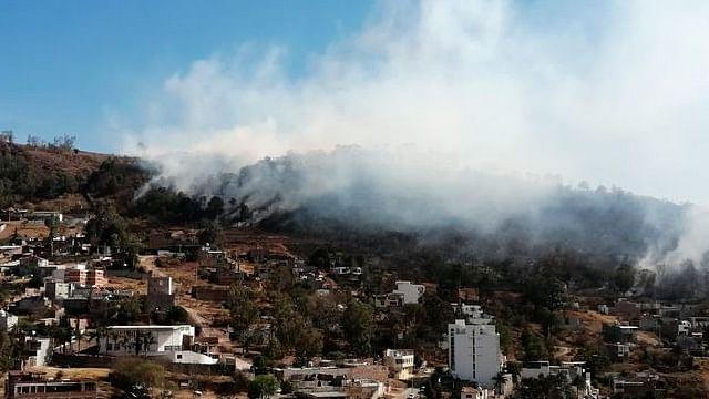 Se registra incendio al oriente de Morelia; ya es atendido