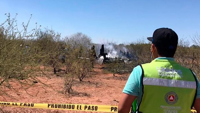 Mueren 6 tras desplome de avioneta en Sonora, entre ellos un funcionario