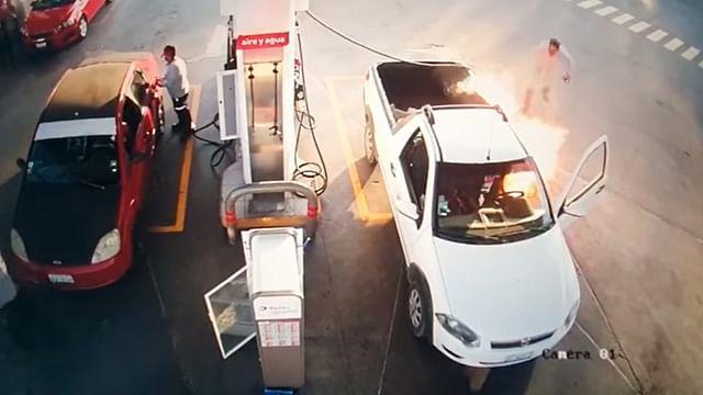 Por usar celular en gasolinera provoca incendio, en Guanajuato