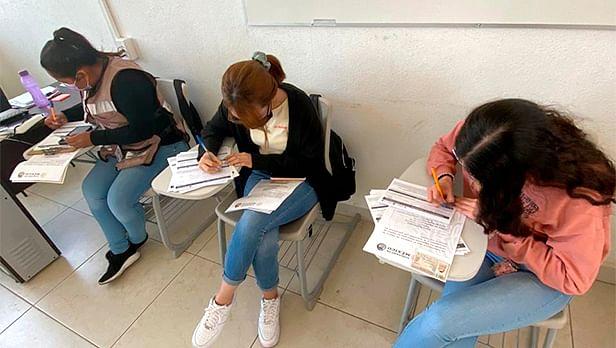 Alumnos del Tecnológico de Morelia apoyan en proceso de vacunación