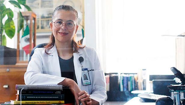 Carolina Consejo y Chapela, jefa de área médica en la División de Educación Continua del IMSS (Foto Cortesía)