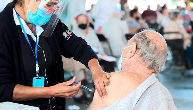 A un año de primer muerte por Covid-19 en México, han fallecido 4738 michoacanos