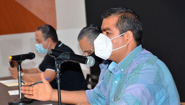 Vacuna no causa inmunidad inmediata; hasta después de segunda dosis: Hugo Hernández