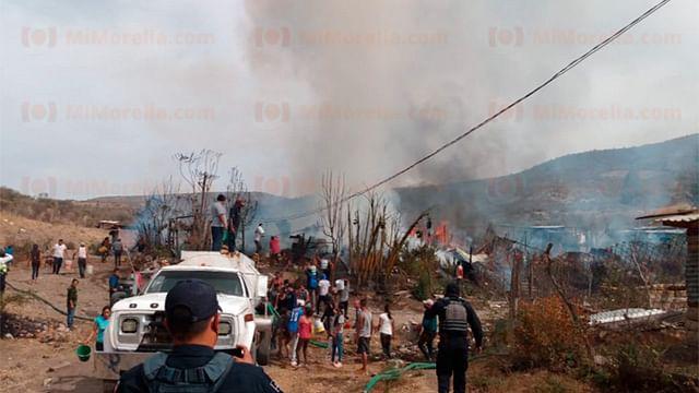 Arden varias casas de Ciudad Industrial en Morelia