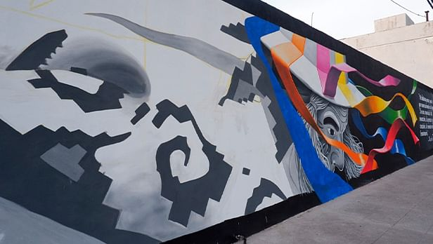 Artistas urbanos decoran la Avenida Madero Poniente con murales