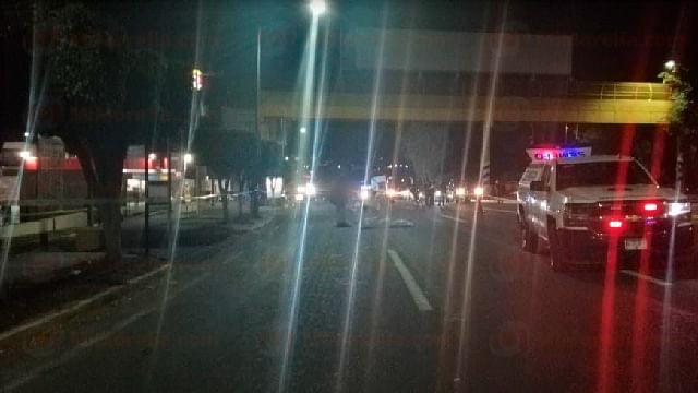 Muere hombre atropellado en la salida a Salamanca, en Morelia