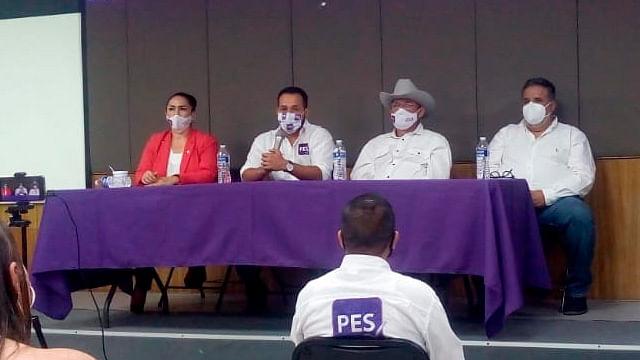 Presenta PES candidatos a diputados federales por Michoacán