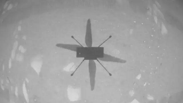 La NASA hace historia al volar el helicóptero Ingenuity en Marte