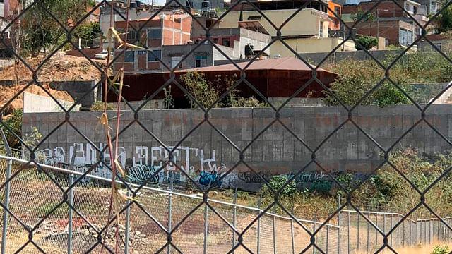 Biblioteca Digital vandalizada ante el abandono, en Morelia
