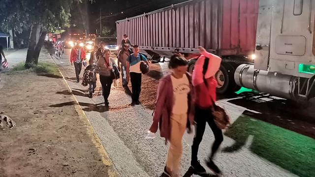 EU enviará a hoteles a familias migrantes detenidas