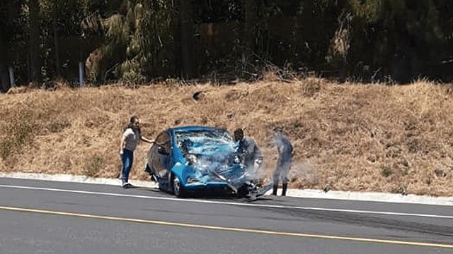 Un muerto y 5 heridos por choque en la autopista Siglo XXI