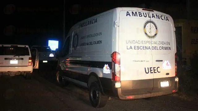 Mueren 3 en enfrentamiento a balazos en San Juan Nuevo, Michoacán