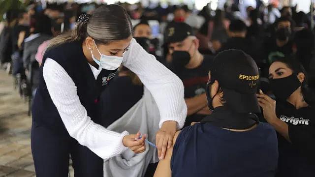 #ÚltimaHora Este jueves iniciará vacunación de segunda dosis a los de 40 en Morelia