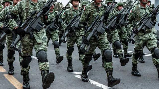 Soldado dispara por accidente en pase de lista y mata a un compañero