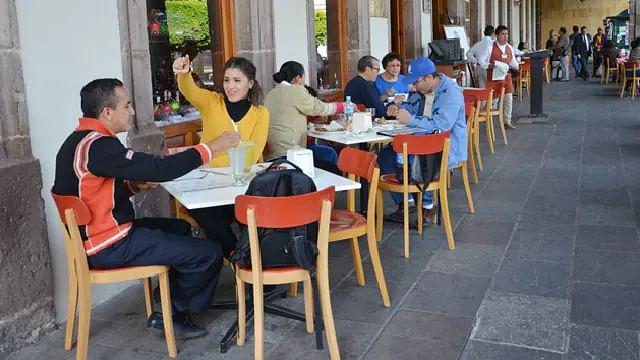 Preocupa a restauranteros tercera ola de Covid-19 en Michoacán