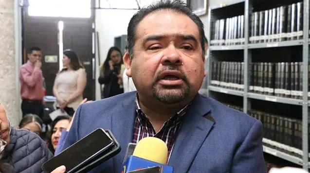 Asume diputado Tony Martínez coordinación de la bancada perredista