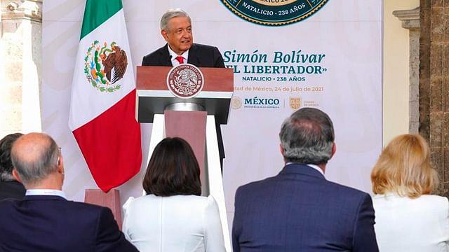 """AMLO llama a sustituir la OEA por un organismo """"no lacayo de nadie"""""""