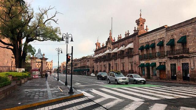 Domingo con probabilidad de lluvias débiles por la tarde en Morelia