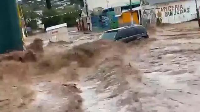Tromba en Nogales deja una persona muerta e inundaciones