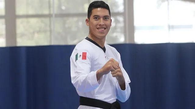 Mexicanos en Tokio: Carlos Sansores cae en taekwando; espera repechaje