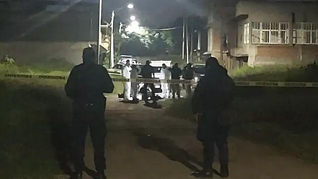 Asesinan a dos hombres en la calle, en Morelia
