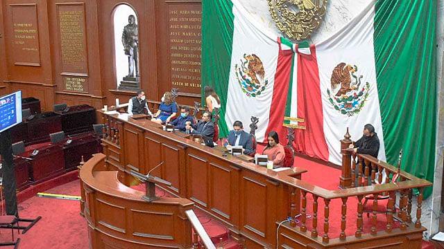 Aprueban en Michoacán dictámenes de ha lugar a reformas constitucionales