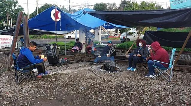 Bloqueo a vías del tren en Michoacán podría durar ocho días más: KCSM