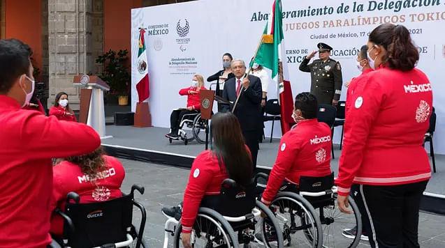Abanderan a delegación mexicana para los Juegos Paralímpicos de Tokio