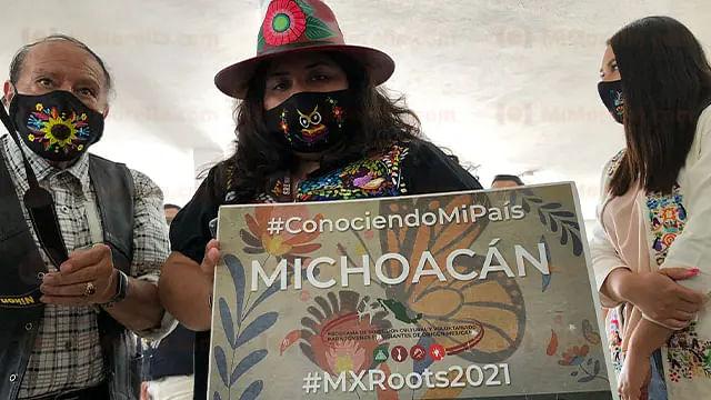 Jóvenes nacidos en EU o Canadá se reencuentran con sus raíces michoacanas