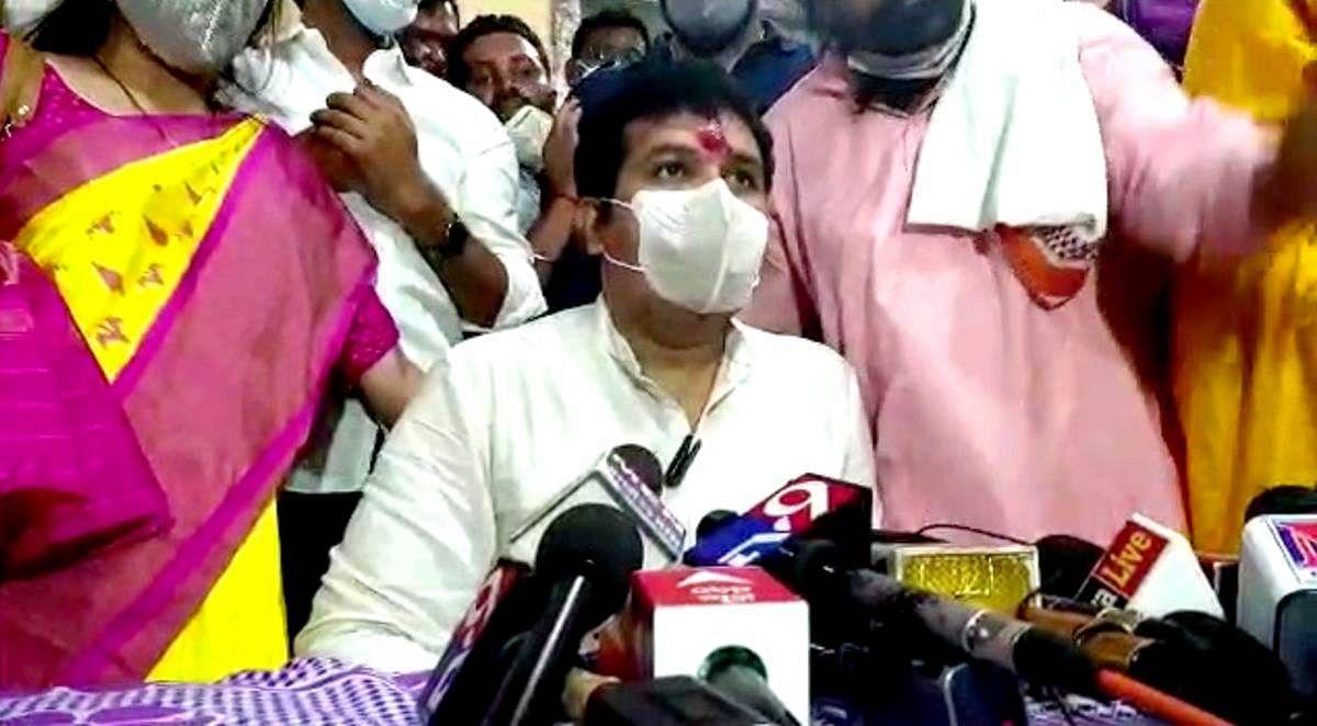 Sanjay Rathod यांच्या अडचणी वाढल्या, शरीरसुखाची मागणी केल्याप्रकरणी महिलेची पोलिसात तक्रार