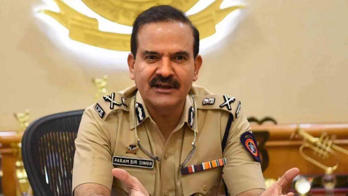 महाराष्ट्र DGP यांच्याकडून माजी मुंबई पोलीस आयुक्त परमबीर सिंग यांच्या निलंबनाची शिफारस
