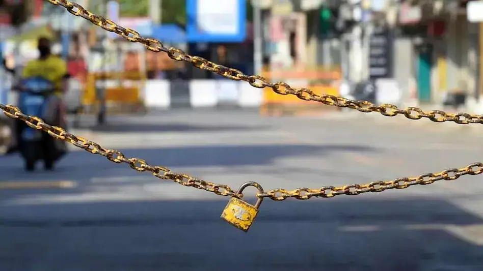 Lockdown : अहमदनगरने राज्याची चिंता वाढवली! ६१ गावांमध्ये आजपासून कडक लॉकडाउन