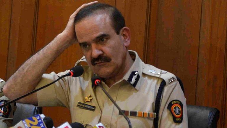 Parambir Singh देशाबाहेर गेले आहेत का? दिलीप वळसे पाटील यांनी दिलं उत्तर म्हणाले..