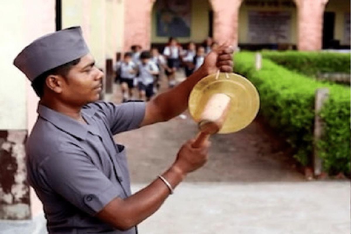 Solpapur जिल्ह्यातल्या 450 Corona मुक्त गावांमधल्या 83 शाळांमध्ये वाजली शाळेची घंटा