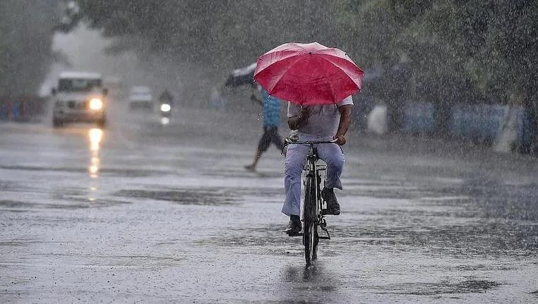 Rain Updates : मुंबईसह राज्यात आज-उद्या मुसळधार; हवामान विभागाचा इशारा