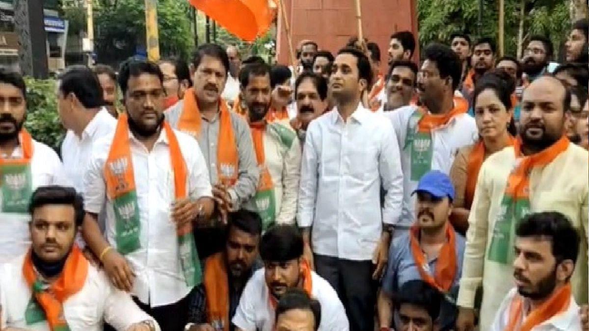 Narayan Rane यांच्या अटकेच्या निषेधार्थ पुण्यात भाजप कार्यकर्त्यांचं आंदोलन