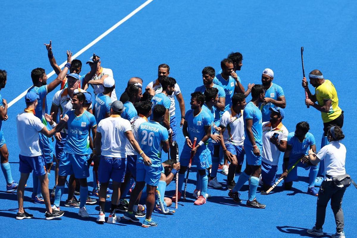 टोकियो ऑलिम्पिकमध्ये तब्बल 41 वर्षांची प्रतीक्षा संपली आहे. कारण भारतीय हॉकी संघाने पदकावर आपलं नाव कोरलं आहे. त्यांचा हा विजय संपूर्ण भारतीय हॉकी खेळाडूंना एक नवा विश्वास देणारा ठरणारआहे.