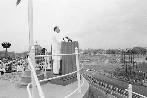राजीव गांधी-संग्रहित फोटो