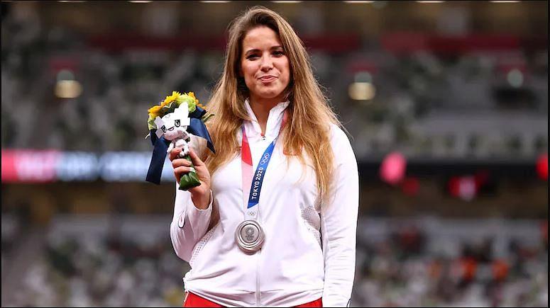 बाळाच्या उपचारासाठी तिने ऑलिम्पिक पदकाचा केला लिलाव, शस्त्रक्रीयेसाठी उभे केले अडीच कोटी