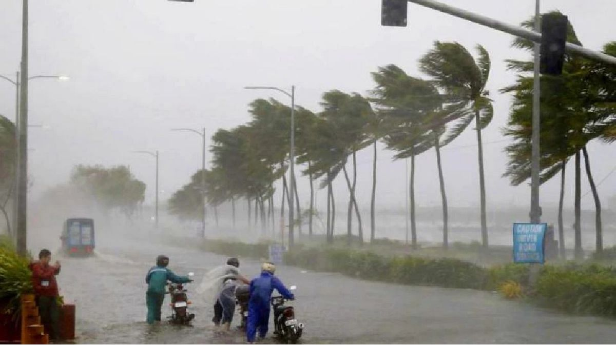 Gulab Cyclone : मुंबई, पुण्यासह राज्याला अतिमुसळधार पावसाचा इशारा; 8 जिल्ह्यांना रेड अलर्ट