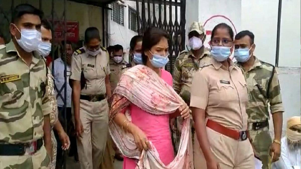 Karuna Sharma यांना अखेर जामीन मंजूर, परळी, अंबाजोगाईत येण्यास मनाई