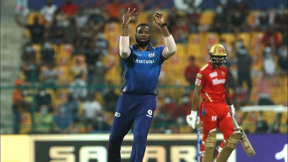 IPL 2021 : 10 हजार रन्स, 300 विकेट, पोलार्डचा टी-२० क्रिकेटमध्ये भीमपराक्रम