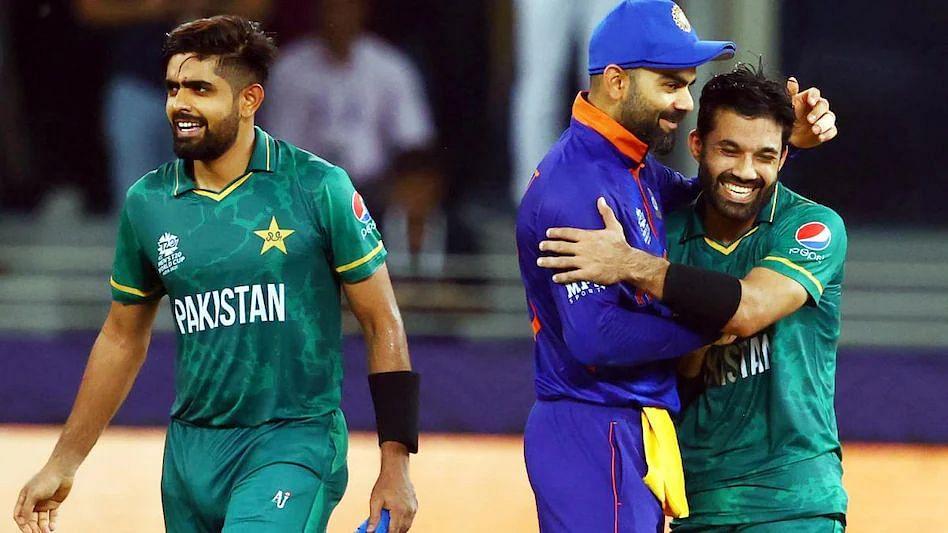 T20 WC, India vs Pakistan: सोशल मीडियात कोहलीचं प्रचंड कौतुक, पाकिस्तानी बोर्डाने देखील केलं ट्वीट