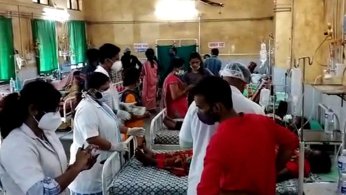 अंबरनाथ एमआयडीसीत गॅस गळती; 30 जणांची श्वास कोंडल्याने प्रकृती बिघडली